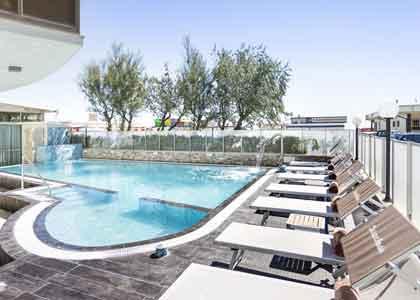 30 hotel milano marittima offerte e last minute per famiglie con bambini - Hotel con piscina riscaldata per bambini ...